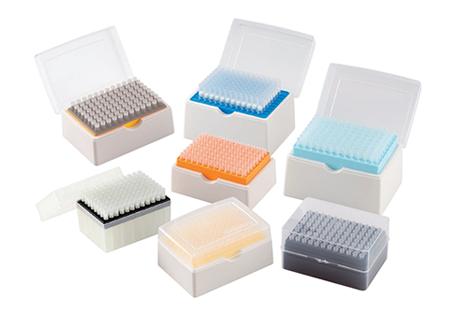 Наконечники с фильтром для дозаторов универсальные в штативах и россыпью в пакетах, безнуклеазные, для ПЦР диагностики